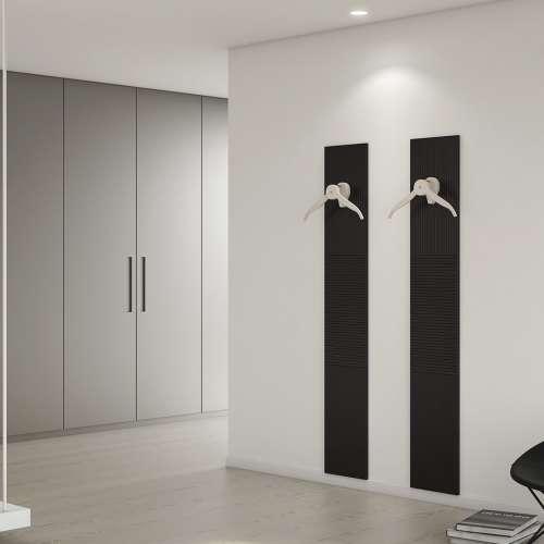 Hangers in a modern room - appendiabiti moderni